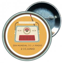 Chapa 58 Día mundial de la Radio 2 Junio.
